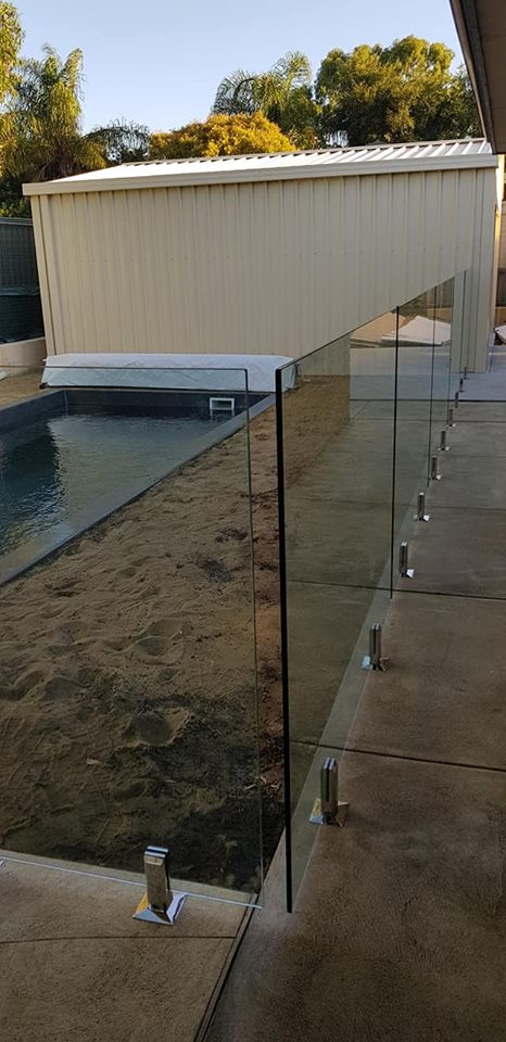 Frameless in Bibra Lake